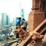 Gerüstrückbau an der Turmkuppel